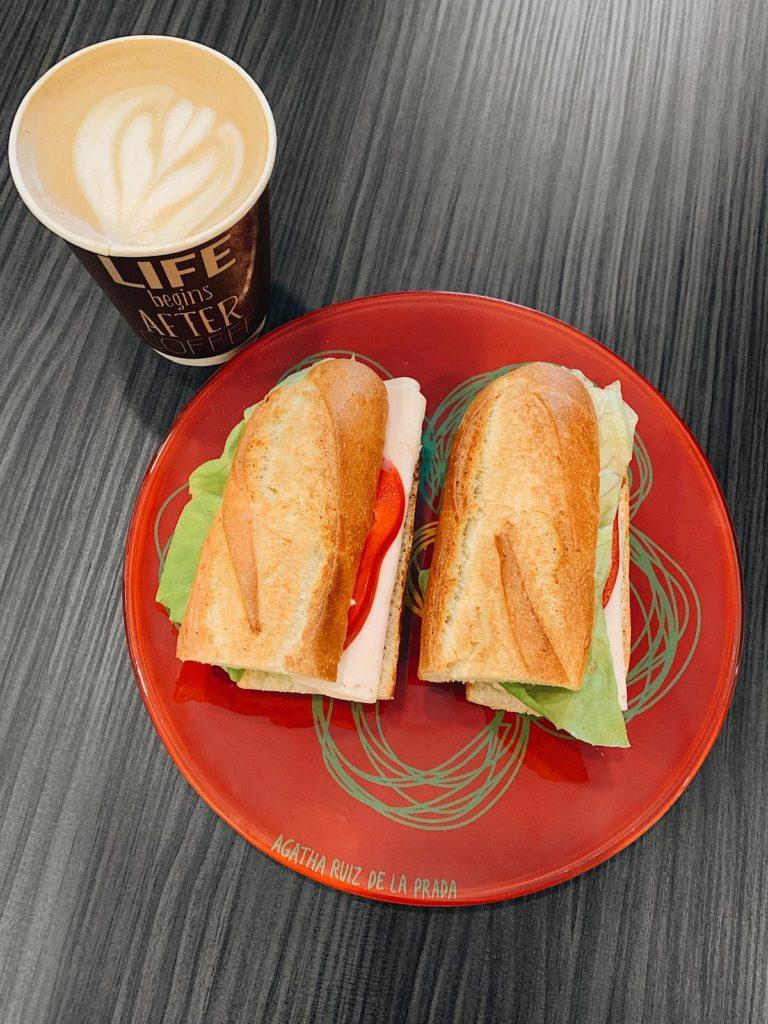 Cafenea Victoriei sector 1 - U Cafe - Coffee to stay, coffee to go, sandvisuri si cappuccino
